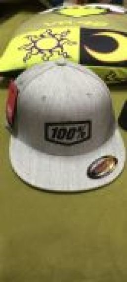100% - hat pasadena snapback grey