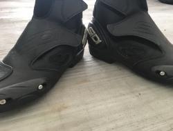 Boot- SDi brand