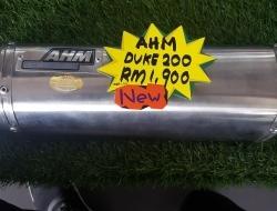 AHM Duke 200