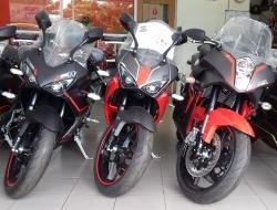 N5R 250 Matte Black/Red Stripe