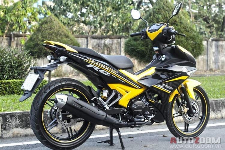 Y15zr body cover set exciter kuning hitam ori yamaha for Yamaha motorcycles thailand prices