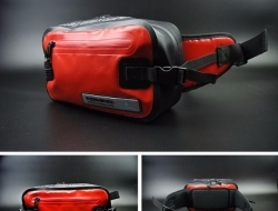 Komine SA-218 Waterproof Pouch Bag (Red)