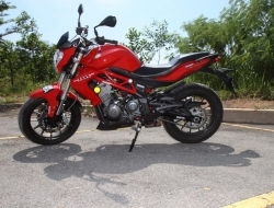 BENELLI TNT 300 (READY STOCK) (Red)