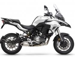 BENELLI TRK 502 STD (White)