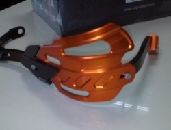 HAND GUARD NEW OLD YAMAHA FZ 150 AND DEMAK SKYLINE 200 (Orange)