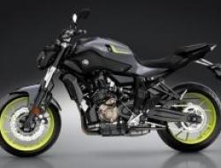 2017 Yamaha MT07 WITH ITALY AIROH HELMET - MOTOSING