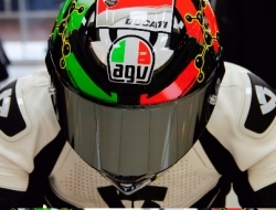 Limited Edition OFFER ! Free color visor worth RM660.00