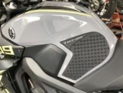 Tank Knee Pad For Yamaha MT-09 / MT09