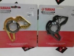 Yamaha Y15ZR Front Sprocket Cover 05