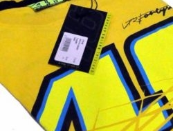 VR46 T-Shirt (Code: VR2) Size S