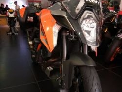 KTM SUPER DUKE GT 2017(USED)
