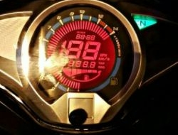 DIGITAL SPEEDOMETER HONDA FUTURE 125 RED