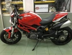 2014 Ducati monster 796 SINGLE ARM MILEAGE 15K