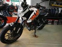 2013 HK - KTM Duke 200 ABS