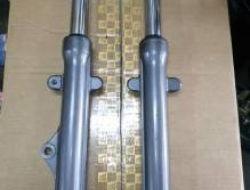 Yamaha lc135 fr fork ori