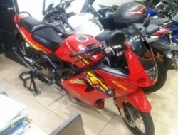 2013 2013 Kawasaki kr 150 - good condition