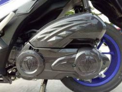 Yamaha NVX Upper Engine Cover Carbon-Free POS