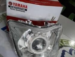 Yamaha Y15 Y15ZR Projector Head Lamp