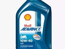 SHELL ADVANCE SCOOTER 4T ENGINE OIL AX7 10W-40 1L