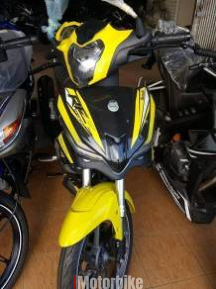 2018 Benelli RFS 150i yellow red