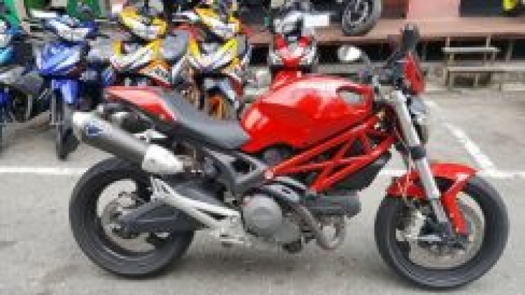 2012 Ducati monster 795 z800 mt09