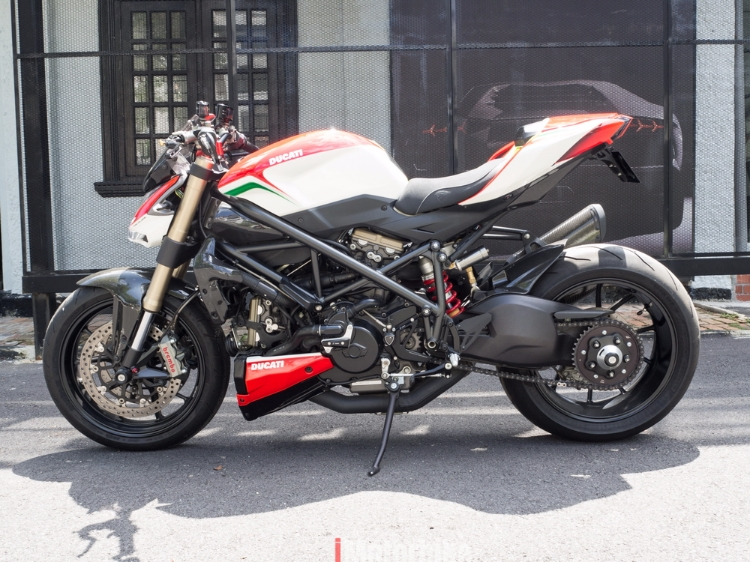 2012 Ducati Streetfighter finished in custom TriColore paint