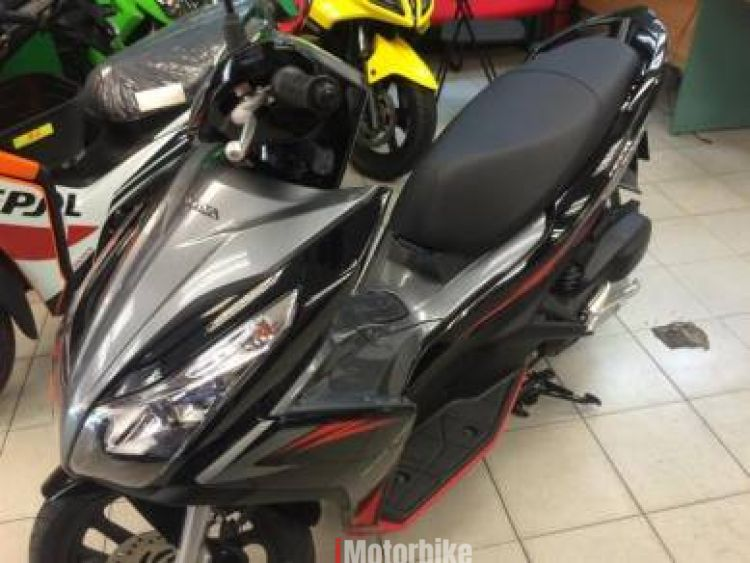 2017 Honda air blade 125 new with 3x servis