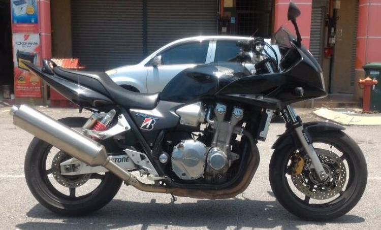 2005 HONDA CB1300 BOLDOR LIMITED - SPAREPART ONLY