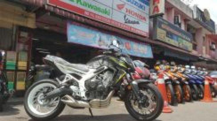 2017 Honda CB 650F cb 650f free Exhaust System