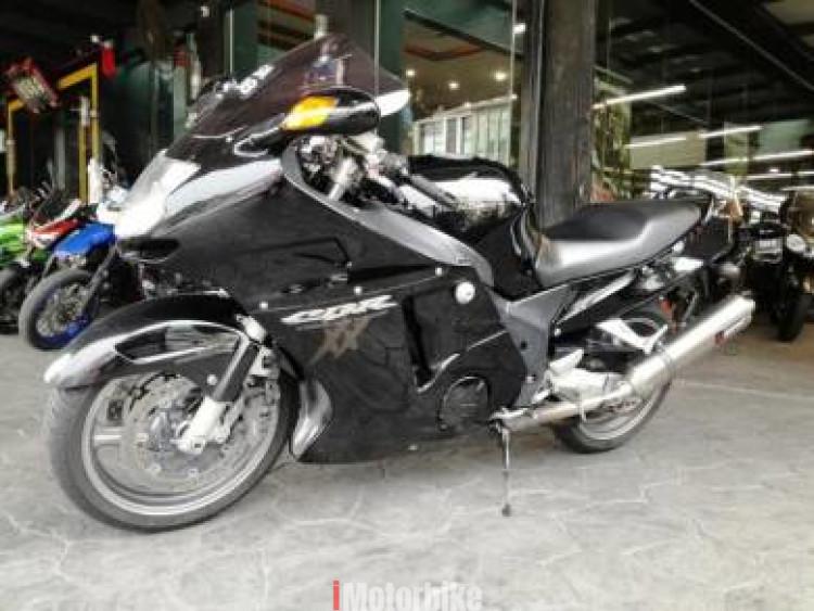 2006 Honda CBR1100 Super Black Bird