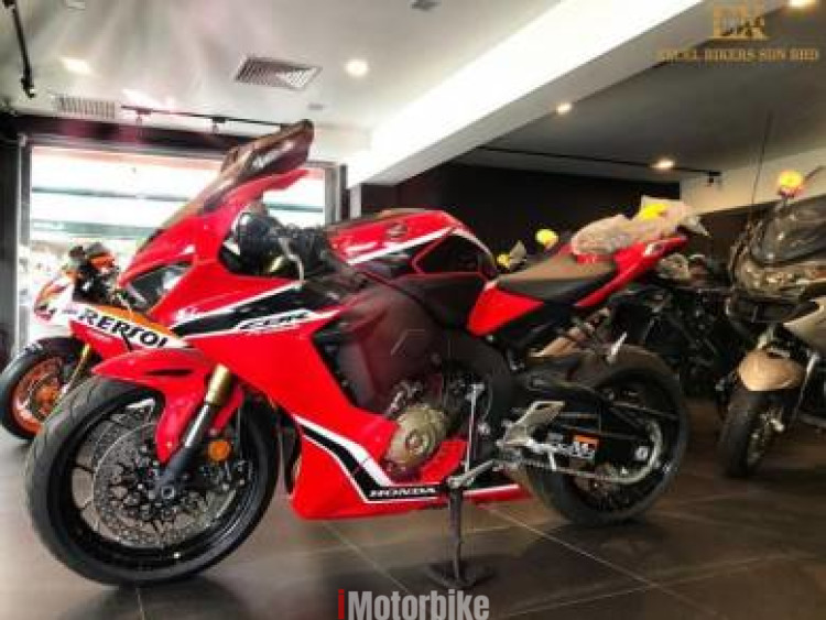 2017 Honda CBR1000RR Fire Blade NOT RECORN Unregister