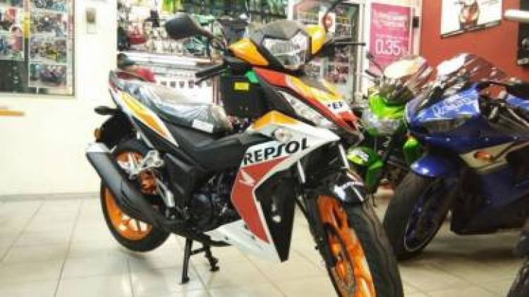 2017 Honda rs150r repsol new with 3x servis