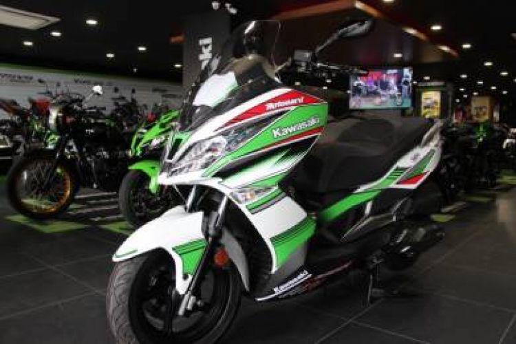 2017 Kawasaki J300