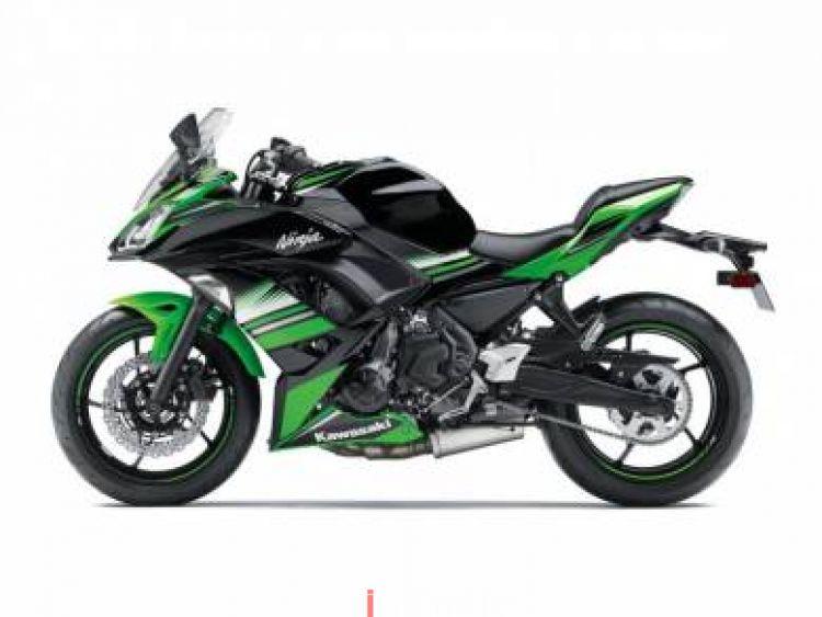 2018 Kawasaki Ninja 650 ABS w AIROH ITALY F FACE HELMET