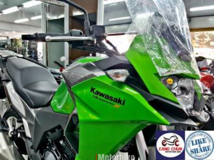 2017 Kawasaki Versys 250 Versys-X Year End Sales E1