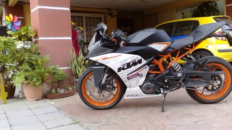 Like new KTM RC390
