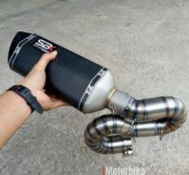CBR1000 SBK Carbon Titanium spiral pipe original