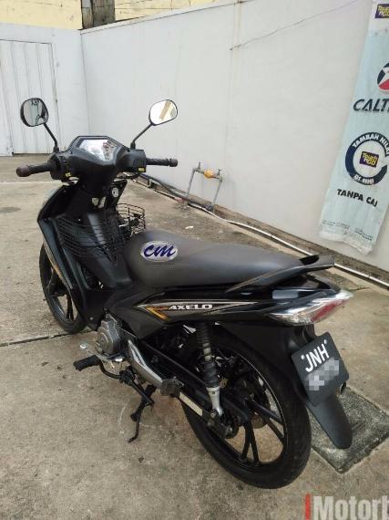 2012 Suzuki Shogun Axelo S 125 - Smash Revo - 2012