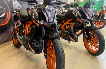 KTM DUKE 250 ABS(DP RM1 OTR) CLEARANCE STOCK