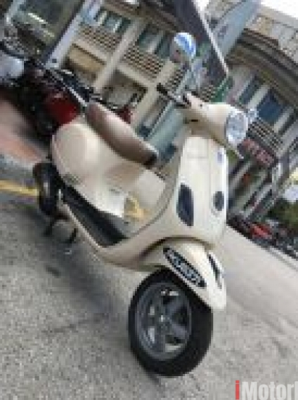 2012 Vespa LX 150 2012 classic biege