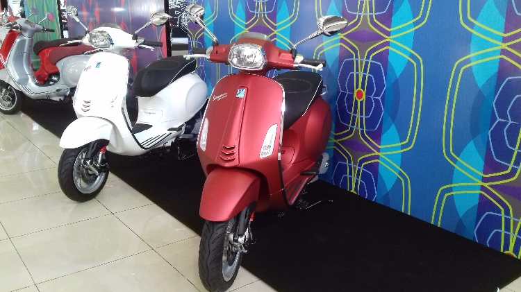 Vespa Sprint 150 ABS I-Get (Matte Red)