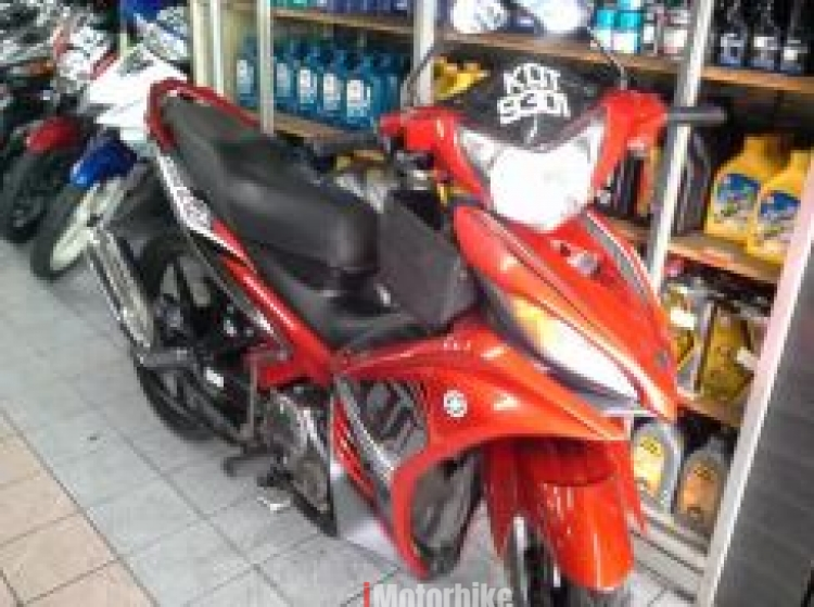 2014 Yamaha lc135 auto clutch second hand (Red)