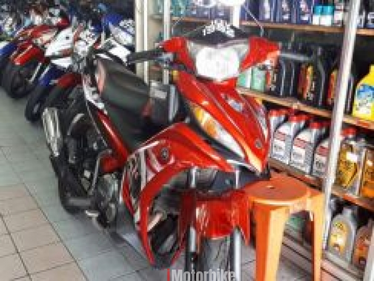 2015 Yamaha lc135 auto clutch second hand (Red)