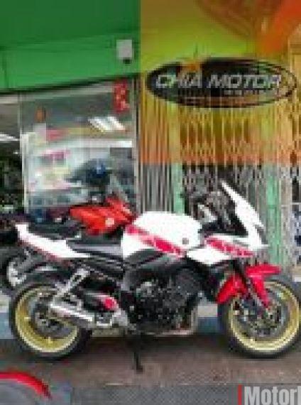 2009 Yamaha FZ1 (Fazer 1000cc) > R1 enjin