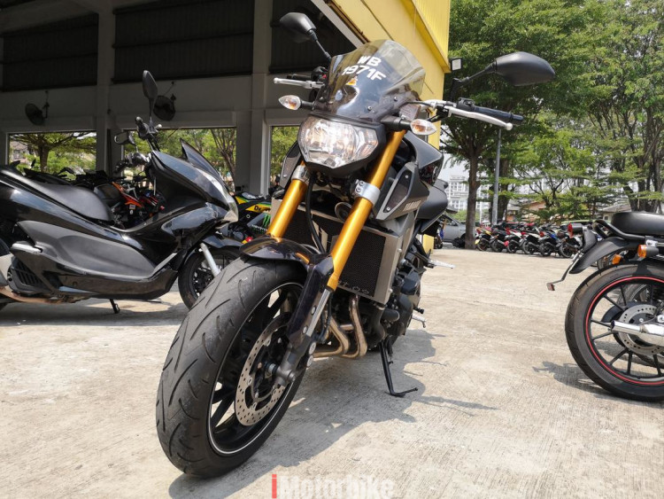 2015 yamaha mt 09 in good condition