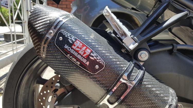 Kawasaki ZX7R  Black /& Grey Domino RR Diamond Handle Bar Grips