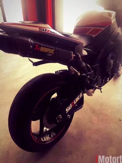 Yamaha R1 limited