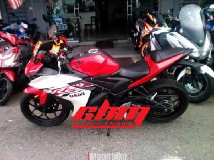 2015 2015 Yamaha r25 harga terbaik tip top condition URGENT Click on the heart to add this to your Favourite list.