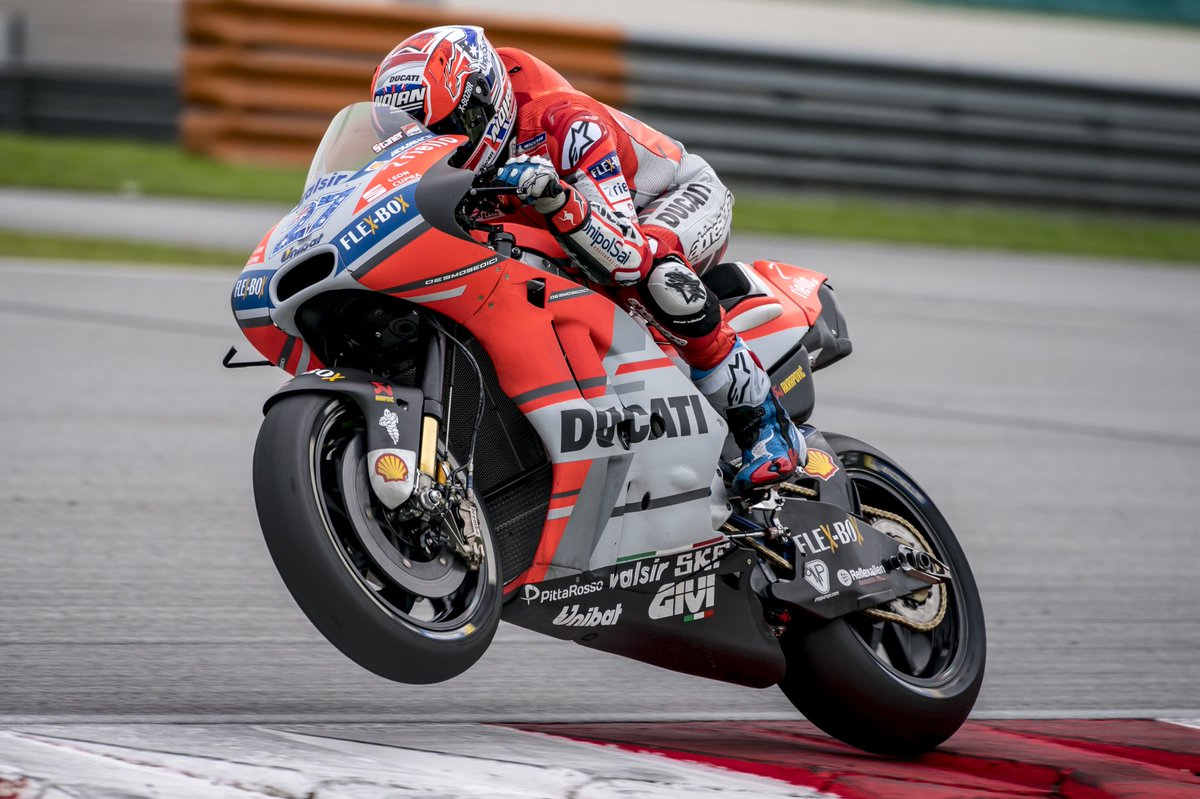 Casey Stoner might hang-up his leathers for good - iMotorbike News