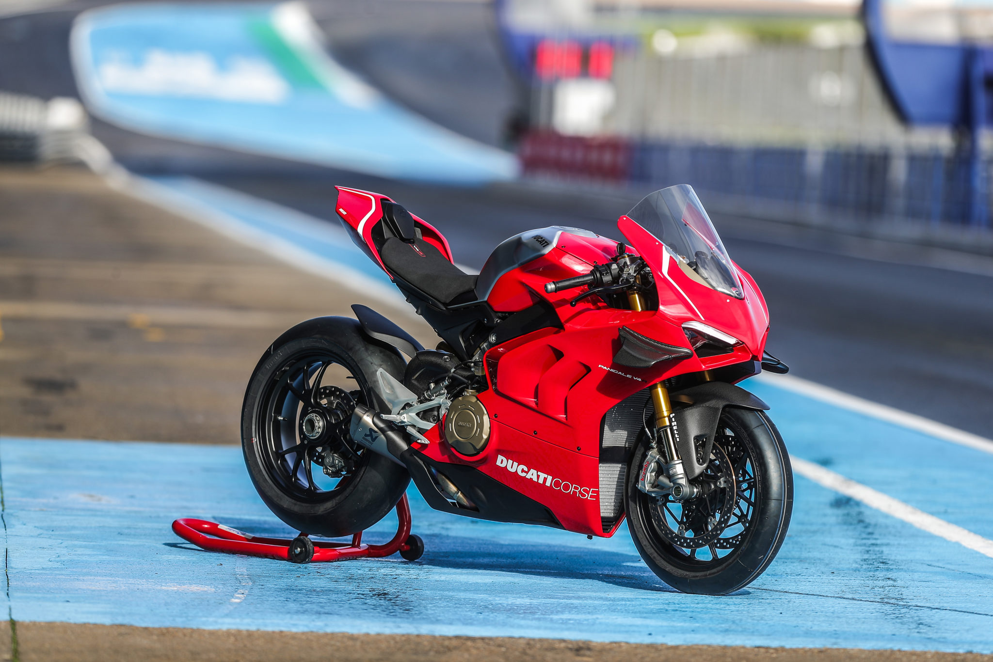 Ducati Gives The Panigale V4 R A Last Minute Upgrade Imotorbike News